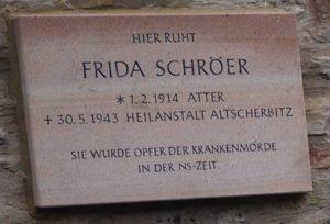 Gedenktafel Atter Friedhof
